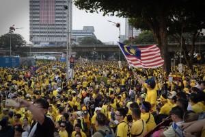 bersih-crowd